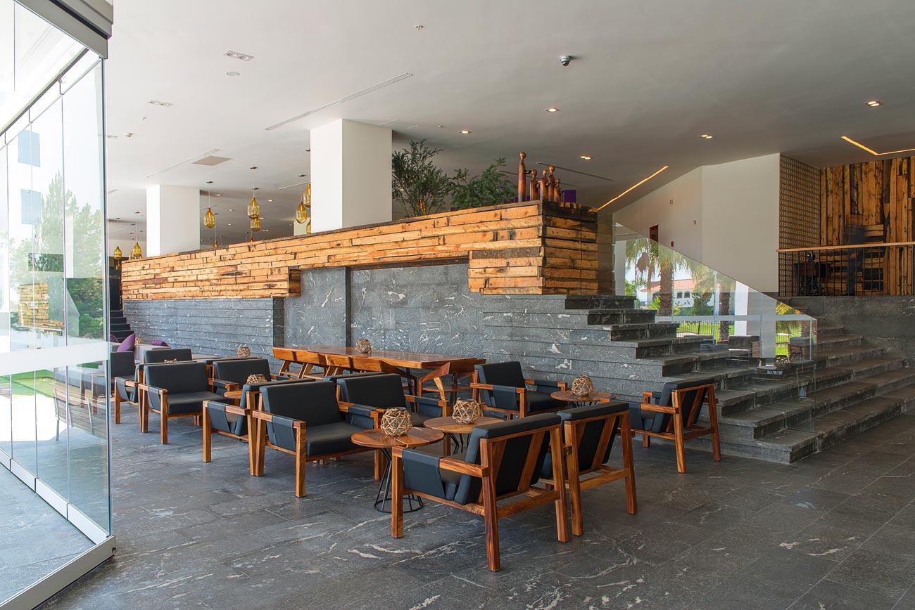 Einrichtung Lobby und Empfangsbereich
